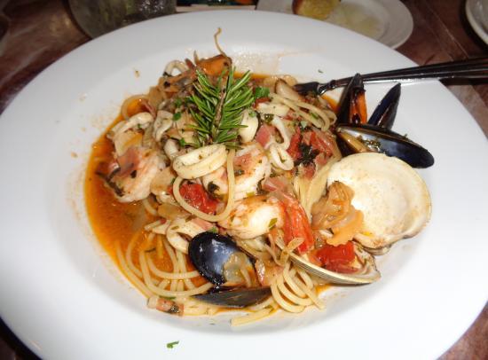 Asbury, نيو جيرسي: Spaghetti Frutti Di Mare.