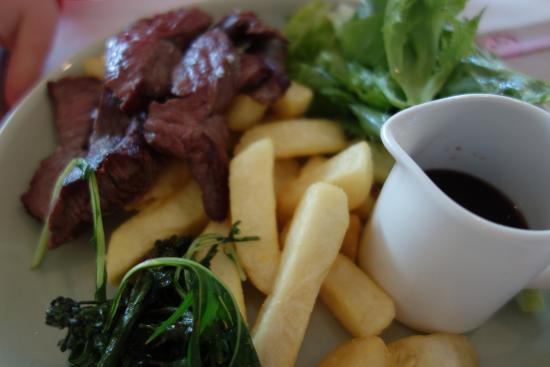 Dunkeld, Avustralya: Kid's Meal= Steak