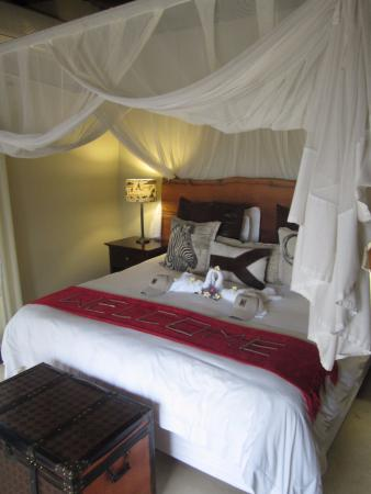 Balule Private Game Reserve, Sydafrika: Master bed in Tusker Suite