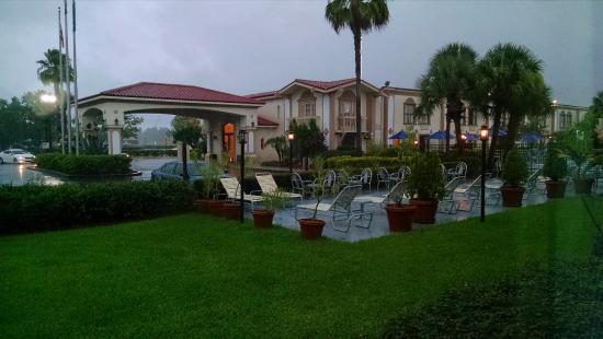 La Quinta Inn Orlando International Drive North: Vista do quarto