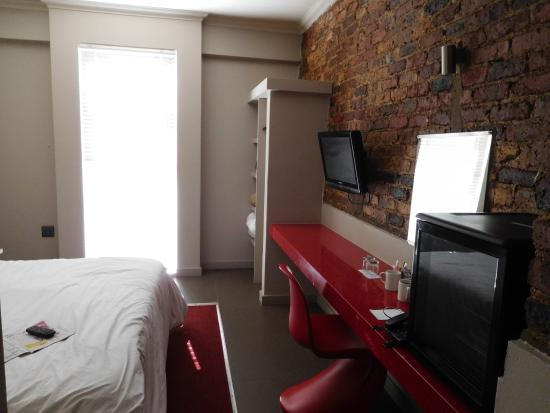 The Aviator Hotel OR Tambo: room
