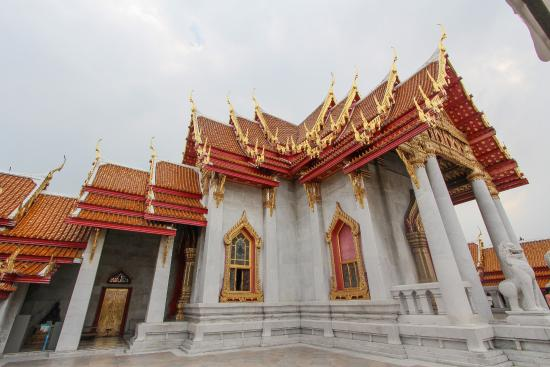 Tempel - Picture of Wat Benchamabophit (The Marble Temple), Bangkok - TripAdv...