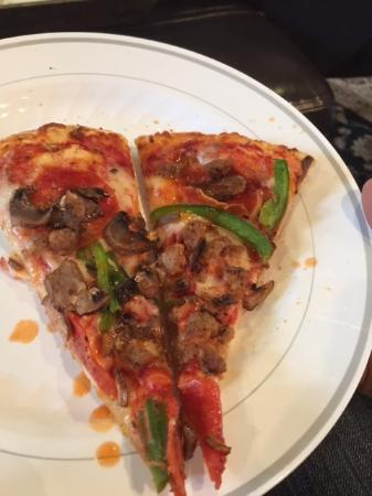 Signal Mountain, TN: Pizza OK But $$$