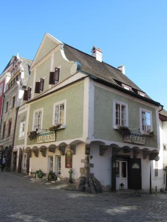 Former Fink Cafe