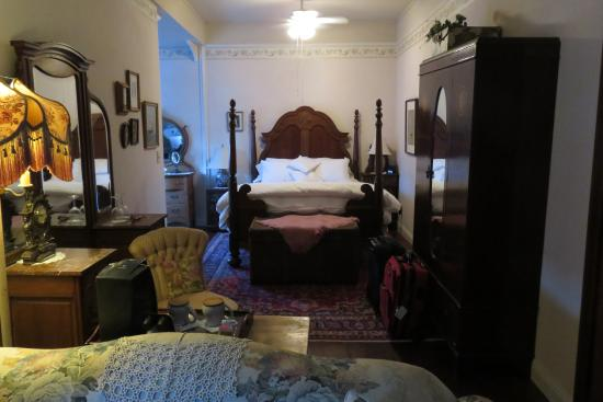 Weaverville, CA: Honeymoon Suite (room #3)