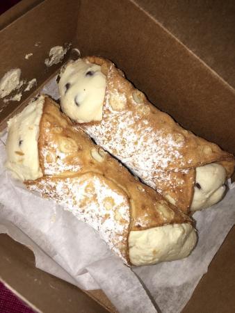 Colozza's Bakery