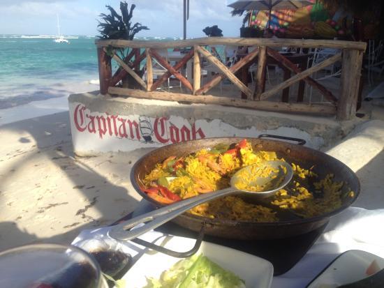 seafood paella - Изображение Captain Cook Restaurant ...