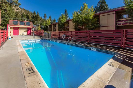 Rodeway Inn dba Wildwood Inn: Pool