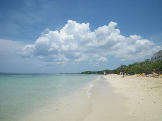 Iberostar Rose Hall Suites : beautiful beach