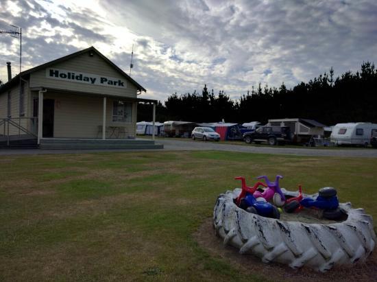 Grumpy's Kiwi Holiday Park