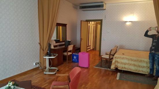 Hotel Cristallo: 20151231_125725_large.jpg