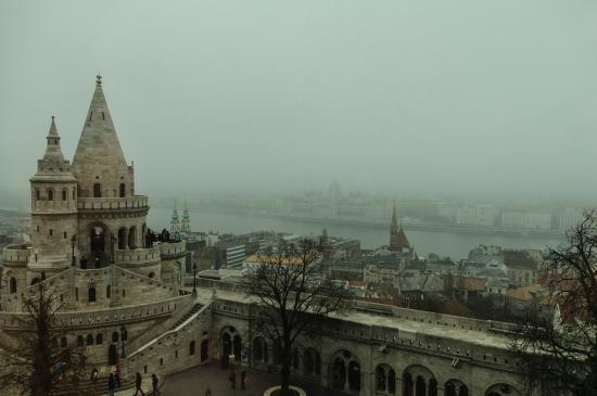 Hilton Budapest: Fisherman's Bastion adjacent to hotel