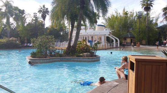Best Rooms At Loews Royal Pacific Resort