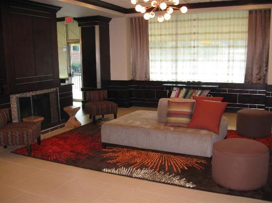 La Quinta Inn  U0026 Suites Indianapolis Downtown