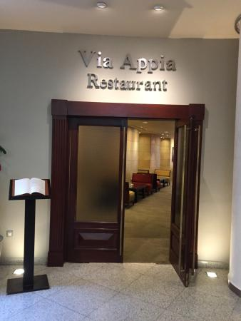 VIA APPIA RESTAURANT & BAR