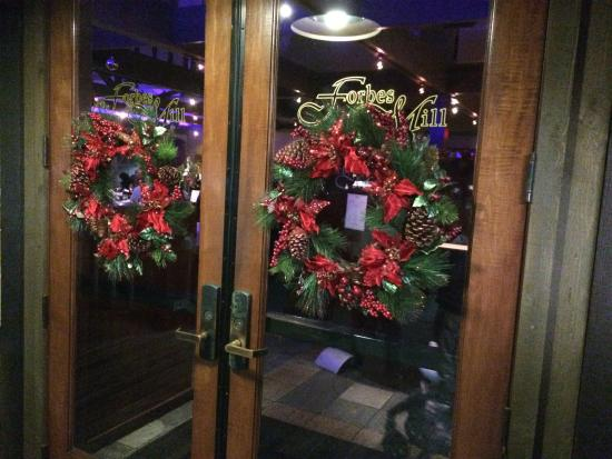 Forbes Mill Steakhouse - Danville: FORBES CHRISTMAS
