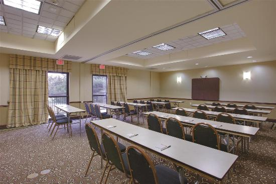 La Quinta Inn & Suites Newark - Elkton: Meeting room