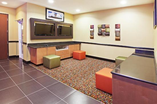 La Quinta Inn & Suites Tulsa - Catoosa: Miscellaneous