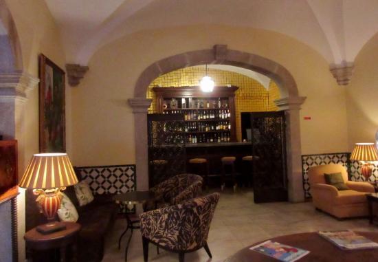 Pousada Convento de Evora: Lounge/bar area
