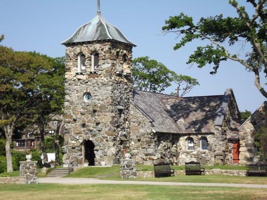 Kennebunkport, ME: The church