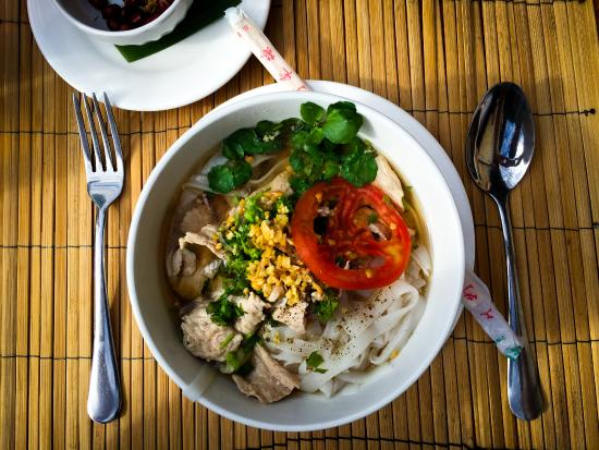 My Dream Boutique Resort: Our introduction to Laos food as we arrived