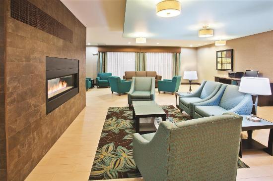 La Quinta Inn & Suites Bellingham: Lobby view