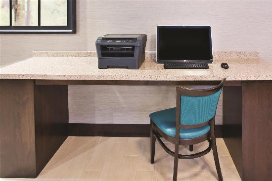 La Quinta Inn & Suites Bellingham: Business center
