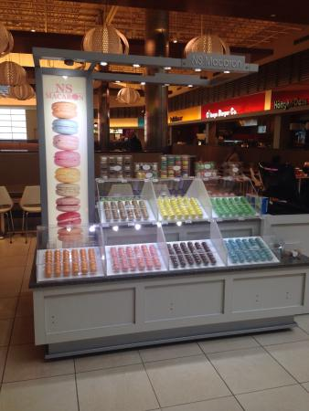 Fashion Outlets Of Chicago Ns Macaron