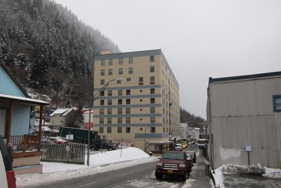 Westmark Baranof Hotel: View of Building