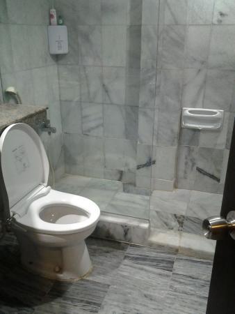 Comfort Hotel & Resort Tanjung Pinang: Kamar mandi Hotel Comfort Tanjung Pinang