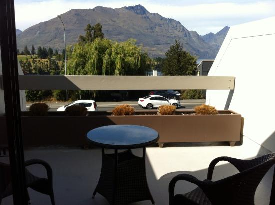 Copthorne Hotel & Apartments Queenstown Lakeview: View from a Superior Lakeview room