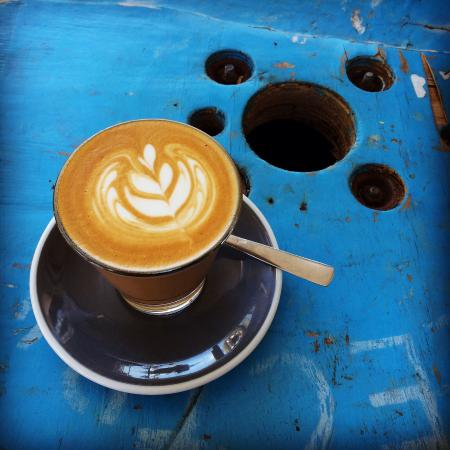 Coolum Beach, ออสเตรเลีย: Double-shot Latte - perfect.
