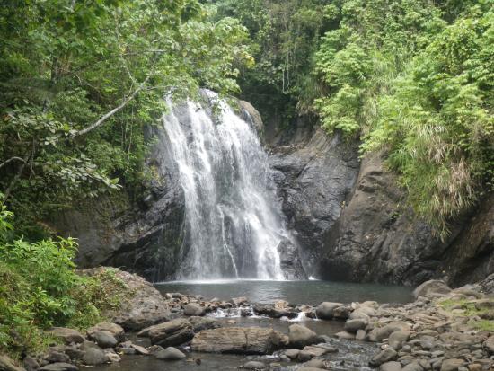 Savasi Island Villas: Vuadomo Falls