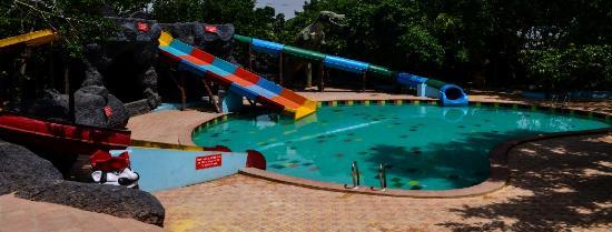 Chokhi Dhani - Ethnic Village Resort: Chokhi Dhani Indore Resort & Hotel  water park