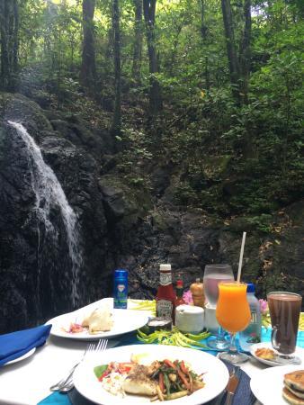 Namale the Fiji Islands Resort & Spa: Breakfast by waterfall