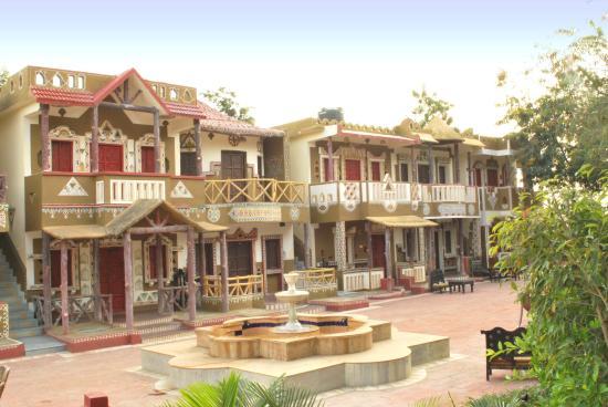 Chokhi Dhani - Ethnic Village Resort: Chokhi Dhani Indore Resort & Hotel