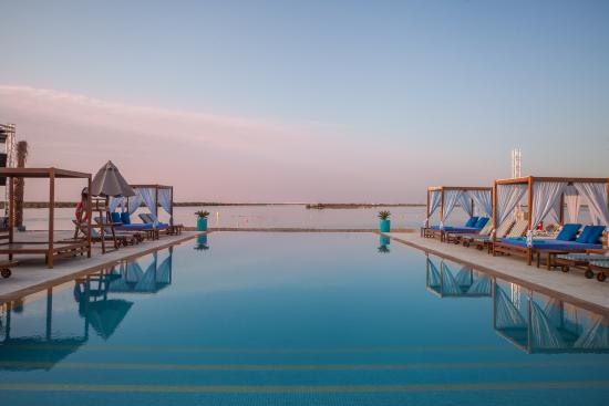 Abu Dhabi Hotels Near Beach