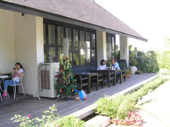 seating is also outside the coffee shop picture of sweet cottage rh tripadvisor ie
