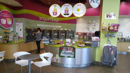 Menchies Frozen Yogurt UBC
