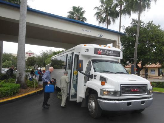 BEST WESTERN  Fort Lauderdale Airport/Cruise Port: クルーズターミナル行きのシャトルバス