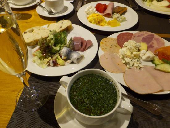 マリティム ホテル ニュルンベルク, 朝食ブッフェ