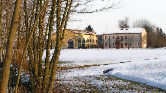Agriturismo Fattoria Grimana: paesaggio invernale