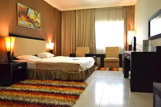 Crystal Plaza Hotel Sharjah: king size room