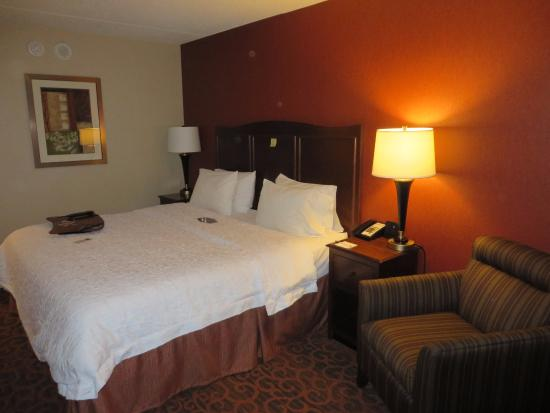 room picture of hampton inn cleveland downtown cleveland rh tripadvisor com