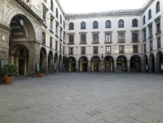 Castel Capuano Bild