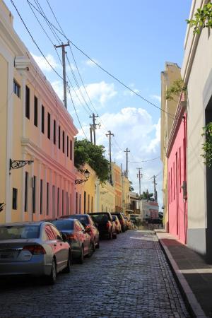 Da House Hotel: San Juan old town.
