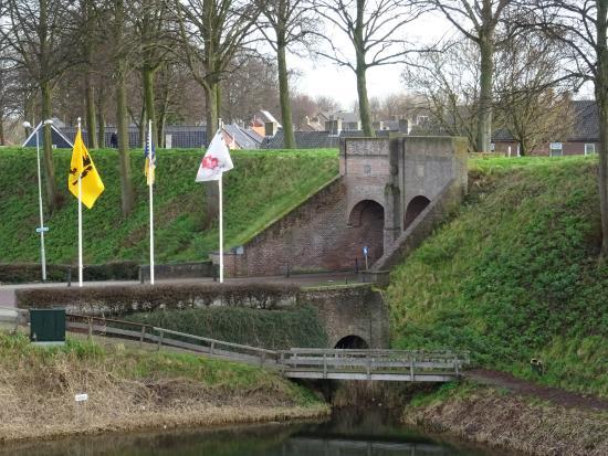 Hulst, Países Baixos: een van de poorten