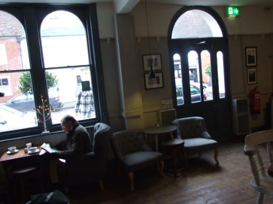 Wye, UK: light and spacious