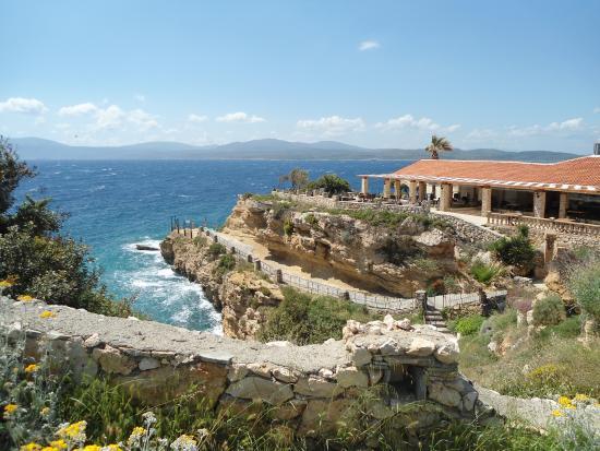 Susuzlu Atlantis Hotel: la cote près du restaurant