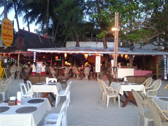 Hotel Front Restaurant Picture Of Nigi Nigi Nu Noos E Nu Nu Noos Boracay Tripadvisor